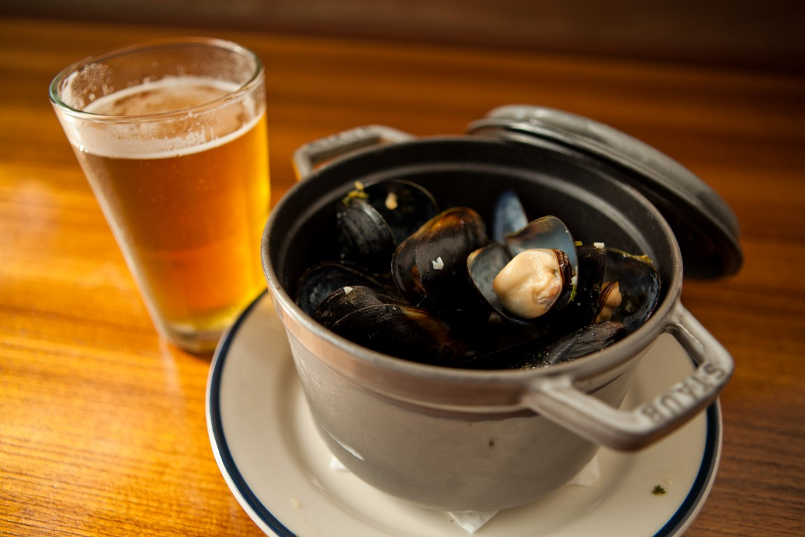Mussels and Beer at Ballard Annex